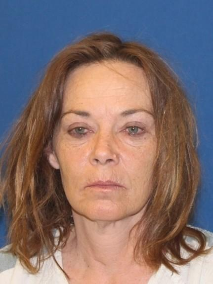 一名美国裸女被警察逮捕并拖进监狱,赔偿240万美元。  第2张