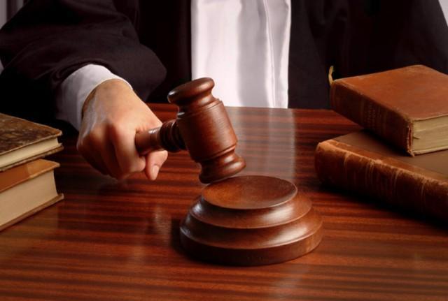 法院副院长被双开,通报中有罕见的表现。  第1张