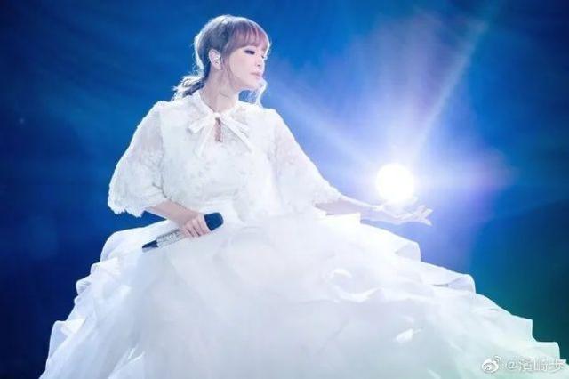 日本着名女歌手成为密接者,新年音乐会紧急取消!  第2张