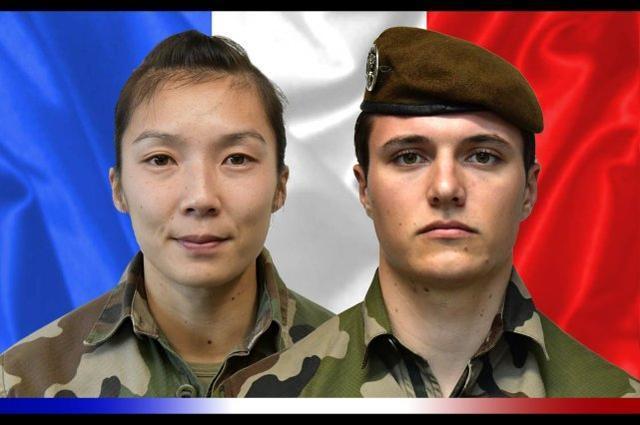 法国女兵马里遭到袭击,惊动马克龙,基地组织分公司主张负责。  第1张