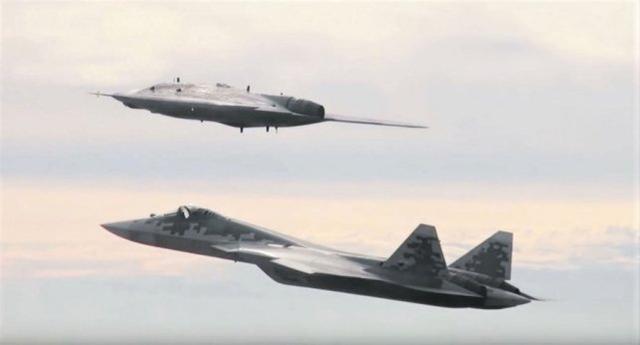 或者是大陆军:2020年,俄军将安装2700套武器,大部分是地面平台。