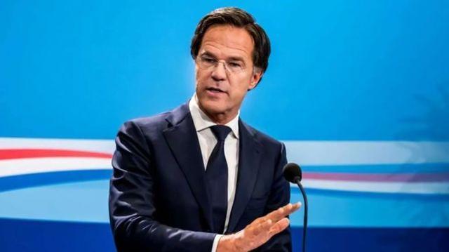 突如其来:荷兰首相吕tt称已向国王递交辞呈。