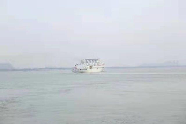王源6号起航了,许多王源船只准备出发。  第1张