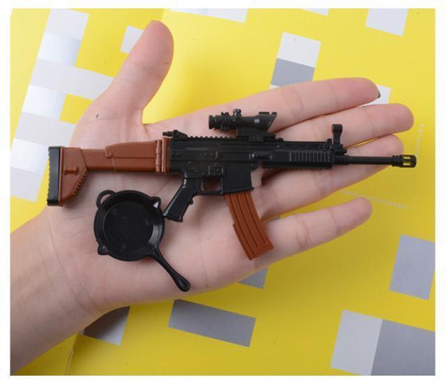 印度警方发现,在德里,越来越多的罪犯习惯于用玩具枪作案。  第1张