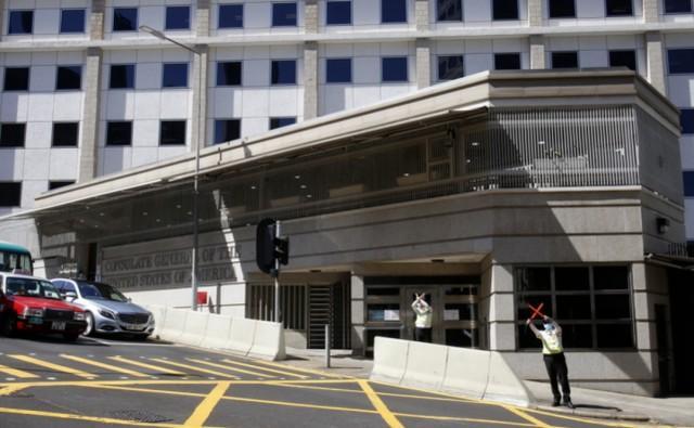 两名美国驻港澳总领馆工作人员初步确诊,竟依靠外交豁免拒绝隔离。